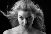 """<a href=""""https://www.ph-fotokolin.cz/gal/atelier/portrety/dsc_1847_bw.jpg"""" target=""""_blank"""">velké rozlišení</a>"""